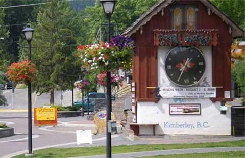 The Platzl & Cuckoo Clock
